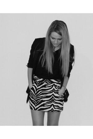Reiss blazer - Zara skirt - Kurt Geiger heels