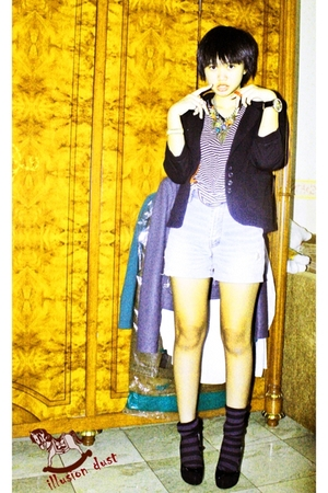 Gaudi blazer - Bebe shoes - dramaqueen shorts - dramaqueen top - Forever 21 acce