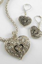 Silver-heart-necklace