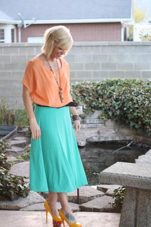 flowy skirt Forever 21 skirt - polka dots ami clubwear heels
