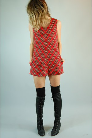 red wwwsheheartsvintagecom dress - black Jeffrey Campbell boots