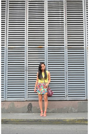 Bayo blouse - SM skirt - Charles & Keith heels