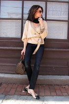 black H&M jeans - beige banana republic sweater - brown speedy Louis Vuitton bag