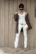 white citizens of humanity jeans - brown thrifted vintage sweater - white tank t