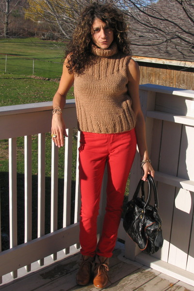 camel thrifted sweater - red H&M pants - tawny H&M shoes