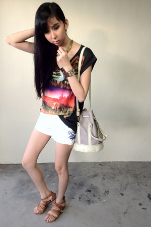 black tiger Zara shirt - periwinkle bag - white embroidered H&M shorts