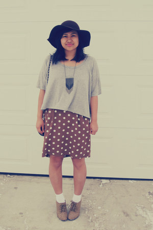 thrifted skirt - le chateau hat - Forever 21 shirt