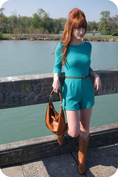 459702432999 thrifted boots - thrifted purse - H M belt - modcloth romper