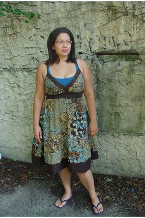 blue New York and Company top - brown MAGIC dress - purple Bitten via Steve and