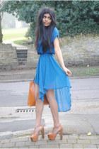 dip hem Glamorousuk dress - tan platforms Asos Bitten Heels heels