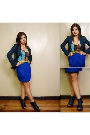 blazer - skirt - top - heels