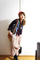 Forever21 boots - vintage skirt - Uniqlo blouse