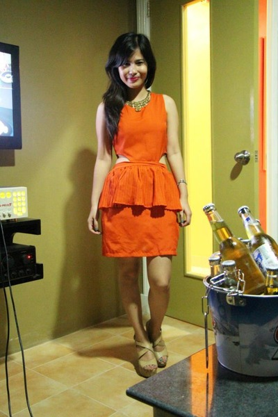 carrot orange Greenhills dress - beige Forever21 wedges