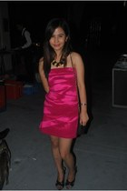 hot pink Forever21 dress - black Haze bag - black Syrup heels