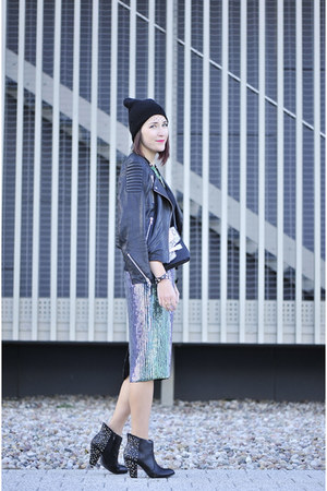 sequined H&M skirt - studded zaraz boots - leather H&M jacket