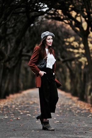 beret no name hat - quilted Michael Kors bag - culottes Medicine pants