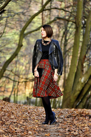 tartan midi PresKA skirt - leather H&M jacket