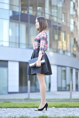 checkered reserved blouse - quilted PresKA skirt