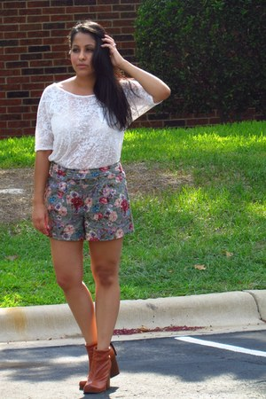 floral Forever 21 shorts - tawny Jeffrey Campbell boots