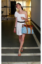 white Marc by Marc Jacobs dress - brown Louis Vuitton belt - blue Mulberry purse