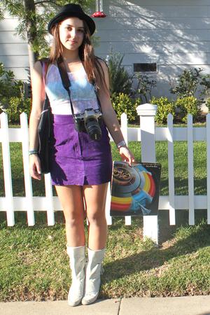 purple California Select skirt - white - white boots - black hat - blue American