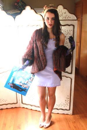 purple Betsey Johnson dress - brown coat - Betsey Johnson gloves - hat - white V