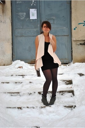 silk Bershka vest - one shoulder Takko dress - silver Avon purse