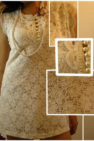 available  shop eddes dress