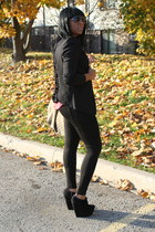black ziggi wedges - black Zara leggings - black BCBG blazer