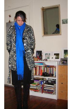 blue Nordstrom scarf - black f21 coat - black dress - black boots - black boots