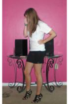 Hanes shirt - f21 skirt - gojanecom shoes - vint bracelet