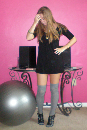 forever 21 dress - J Crew socks - gojanecom shoes