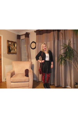 tartan Primark tights - black new look blazer - black pleated skirt Oasis skirt