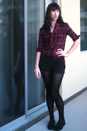 black lux uo shorts - black Target tights - pink bycorpus shirt