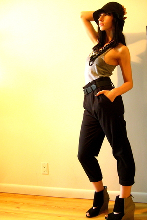 black Zara pants - Deena&amp;Ozzy shoes - black felt cloche Urban Outfitters hat