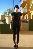 black H&M pants - black vintage top - black Steve Madden shoes
