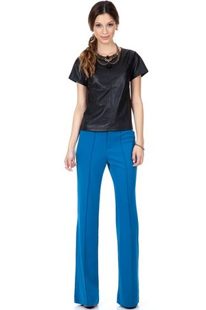 blue Shoxie pants - black Shoxie top - tan Shoxie necklace