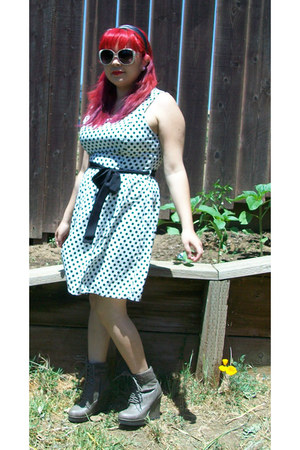 charcoal gray boots - white polka dots dress - black hair accessory