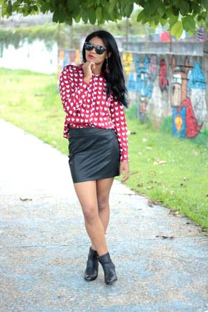 t shirt Romwecom shirt - oculos Romwecom sunglasses - saia choiescom skirt