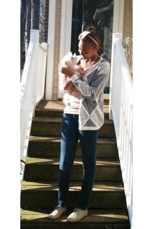 light pink ruffles shirt - heather gray over sized grandmas closet cardigan