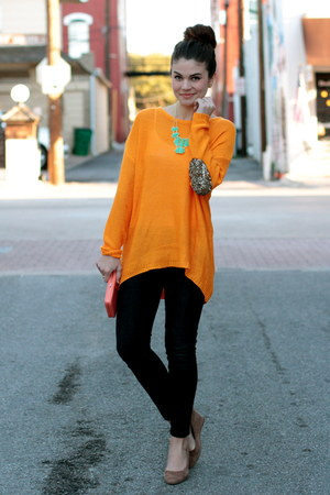 teal savoir faire necklace - citrus savoir faire sweater - Forever 21 bag
