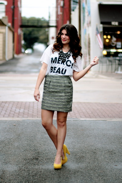 Urban-outfitters-shirt-tweed-target-skirt-yellow-forever-21-pumps