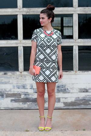 Savoir-Faire dress