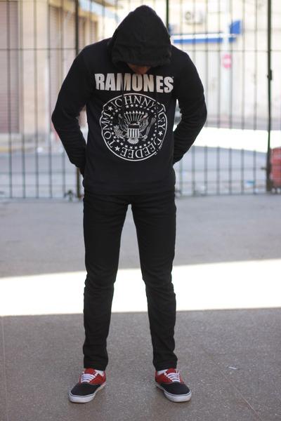 black Zara jeans - black ramones Bershka sweater