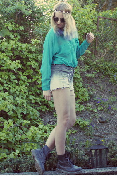 heather gray Bik Bok shorts - turquoise blue Monki shorts