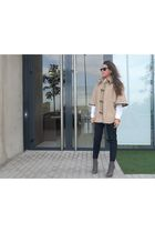 sera coat - GoJane boots