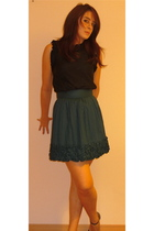 black French Connection top - green French Connection skirt - black Newlook shoe