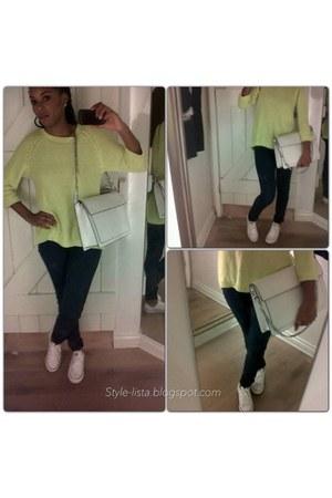 white Converse sneakers - jeans skinny H&M jeans - Zara bag