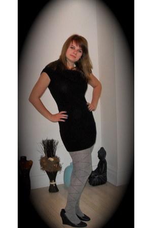 Gucci wedges - DSW stockings - Armani Exchange dress