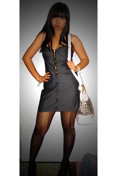 Black Girl White Stockings